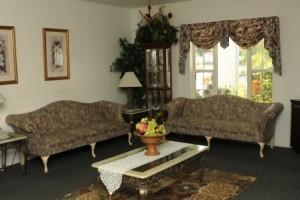 Royal Oaks Manor TV lounge 1